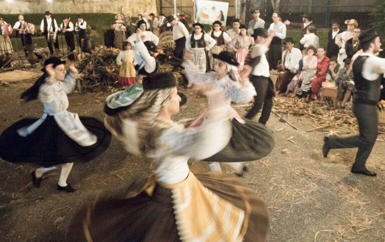 atuações folclore tradicional desfolhada